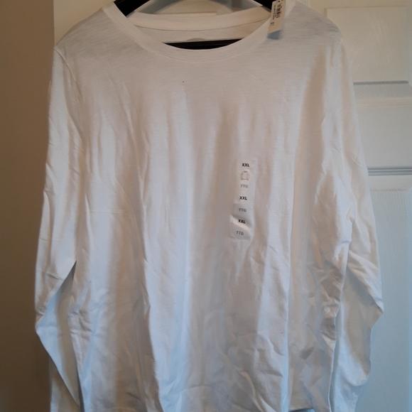 White long sleeve tshirt